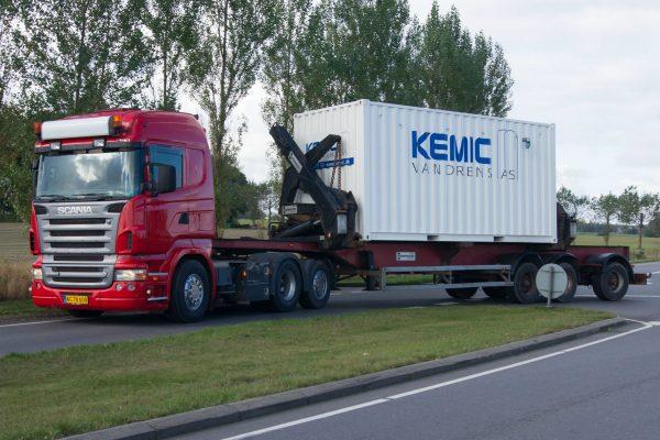 Transport af mobilt vandværk til udlejning